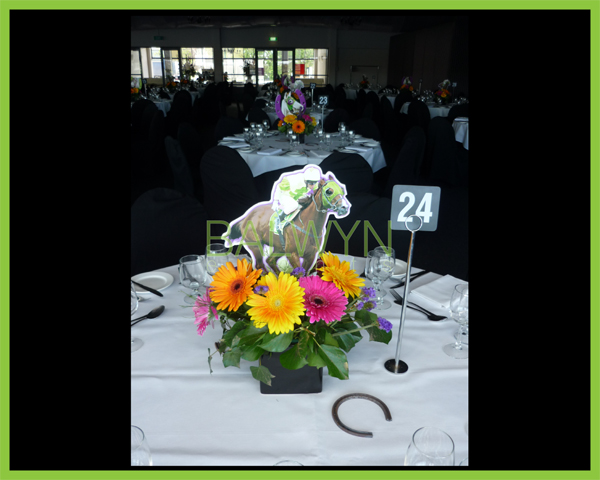 Table Flowers g