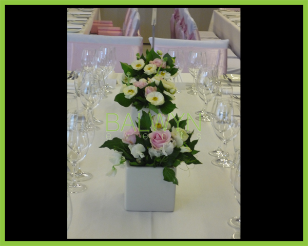 Table Flowers i