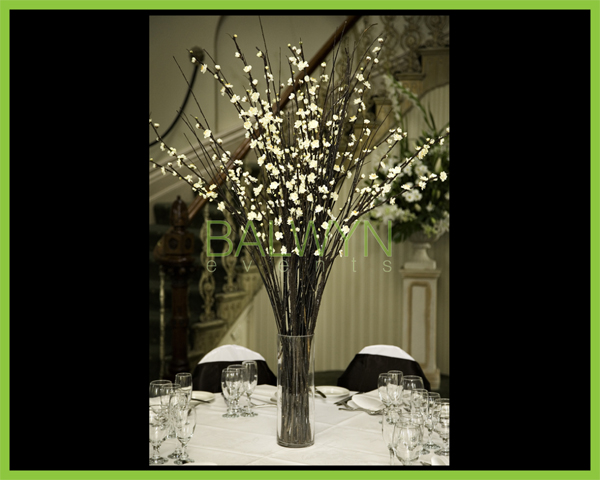 Table Flowers r