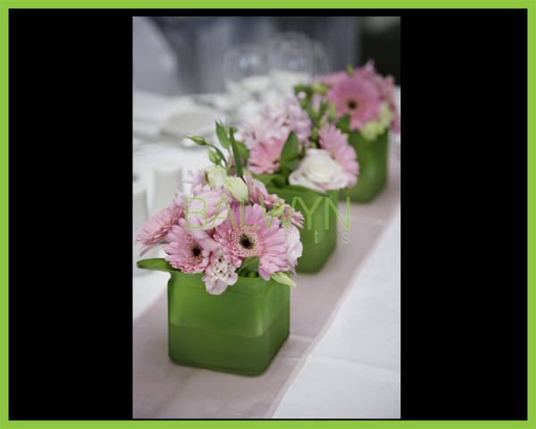 Table Flowers t