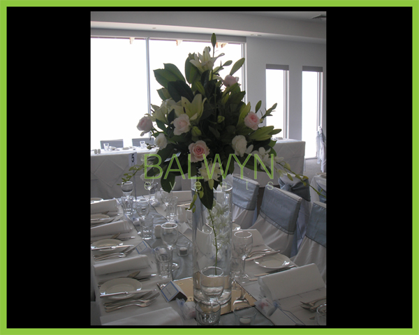 Table Flowers x